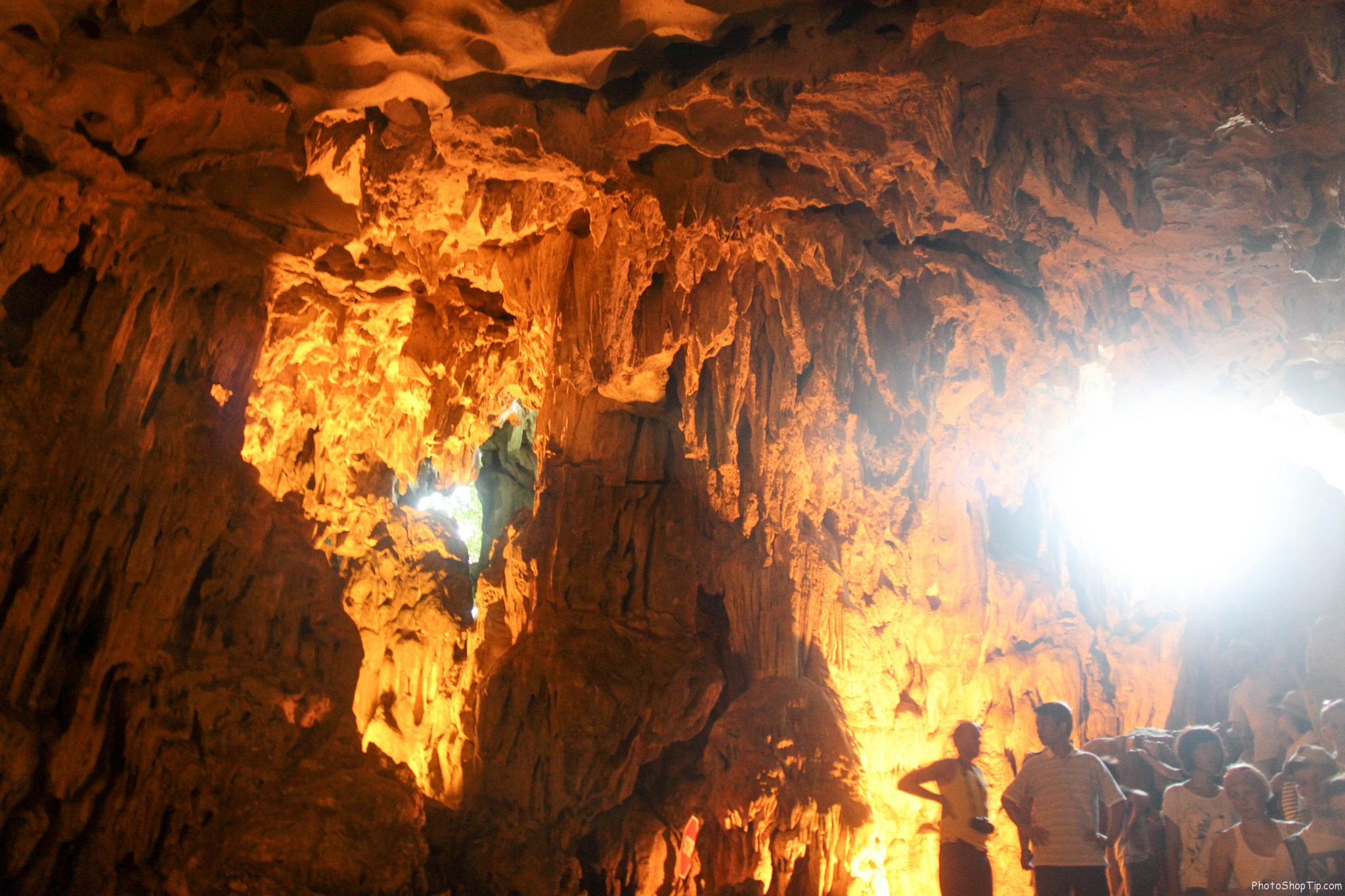 cave of Ha Long bay