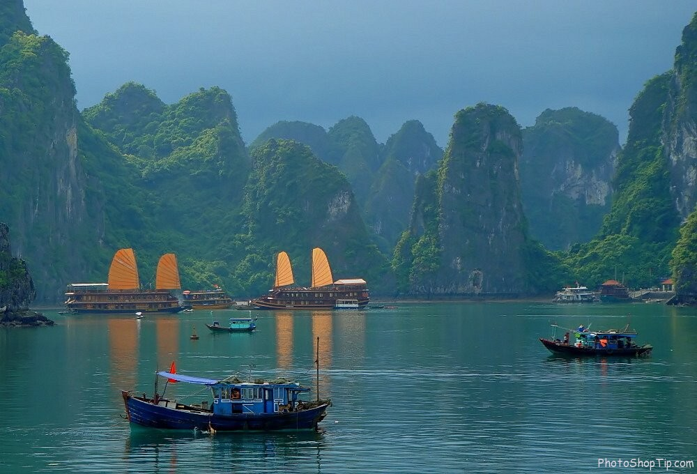 Ha Long in morning